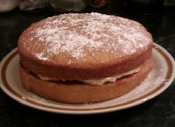 Victoria sponge with fresh cream and jam